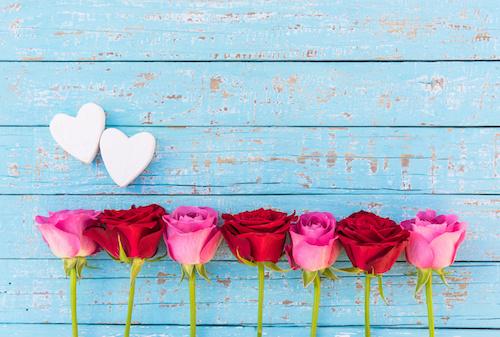 Zwei Herzen Liebe Rosen Hintergrund